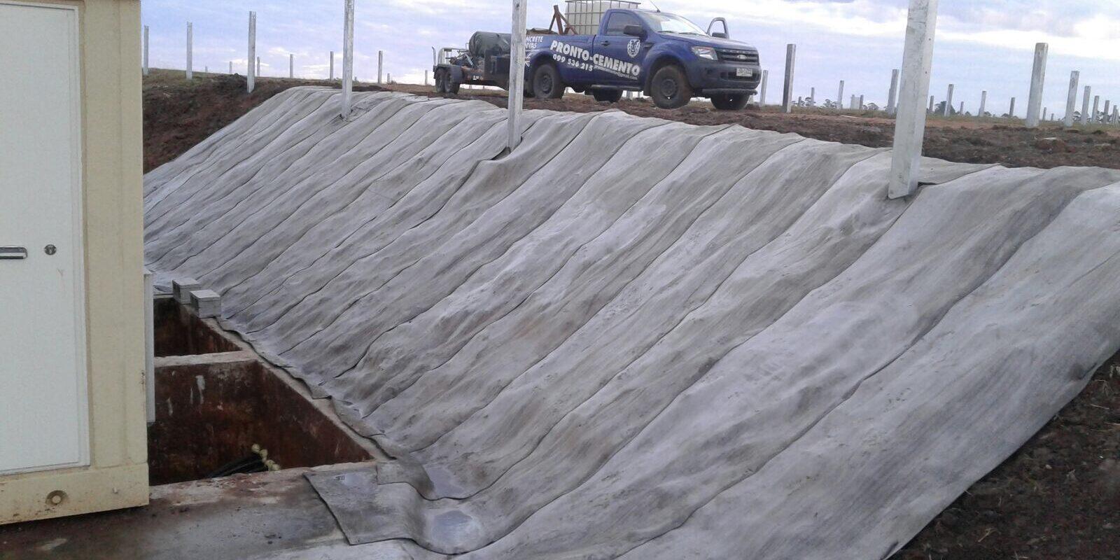 Revestimiento de talud en Complejo Fotovoltaico El Naranjal – Salto – Uruguay